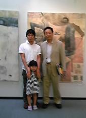 岩村慶悟さんと娘さん、中村市長
