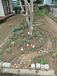 「大根川の春」テーマにデザインした花壇