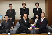 写真下段左:立川初義さん、写真下段右:三輪朋之さん