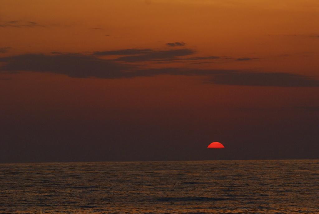 花見海岸の夕日