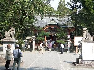 大己貴(おおなむち)神社を訪れたえんがわさんたち