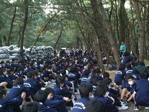 子どもたちの中には初めて松林に入った子も
