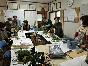 緑のまちづくりの会の青崎さんを講師にお迎えして