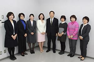 女性管理職やリーダー、市長
