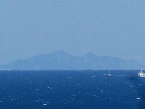 沖ノ島がはっきりと2