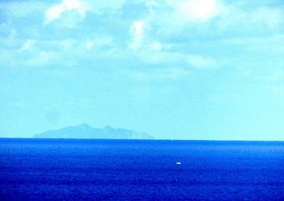 世界遺産の沖ノ島が見えました