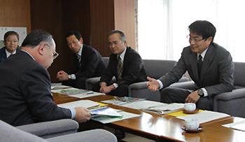 太宰府市長の来訪