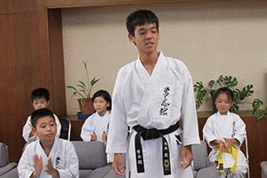 中学2・3年男子組手優勝の西永晃さん