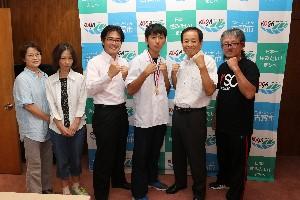 堤さんボクシング表敬訪問.jpg