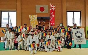 ルーマニア柔道選手団と