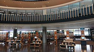 都城市立図書館1