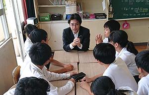 生徒と意見交換2