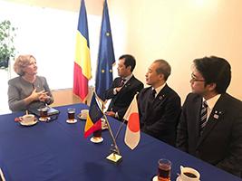 ヨシペル・タティアナ大使と会談