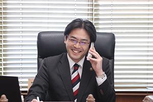 KBCラジオ「川上政行 今日もしゃべりずき」に市長室から電話で生出演しました