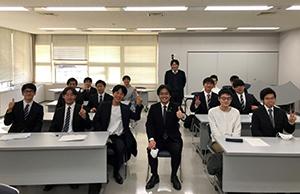 福岡工業大学の学生さんと
