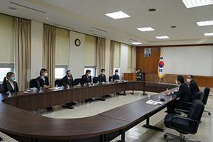 福岡市の駐福岡大韓民国総領事館を訪問し、李熙燮(イ・ヒソプ)総領事と会談させていただきました