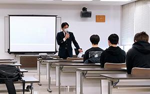 第5次総合計画策定に向けて、九州産業大学の学生さんたちから政策提言をいただきました