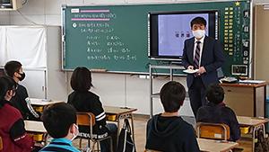 舞の里小学校の5、6年生を対象として、福岡県の「性暴力対策アドバイザー派遣制度」を活用した授業を初めて実施しました