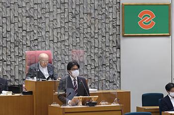 議会初日2