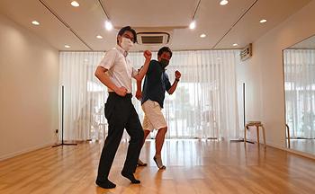 2人でダンス